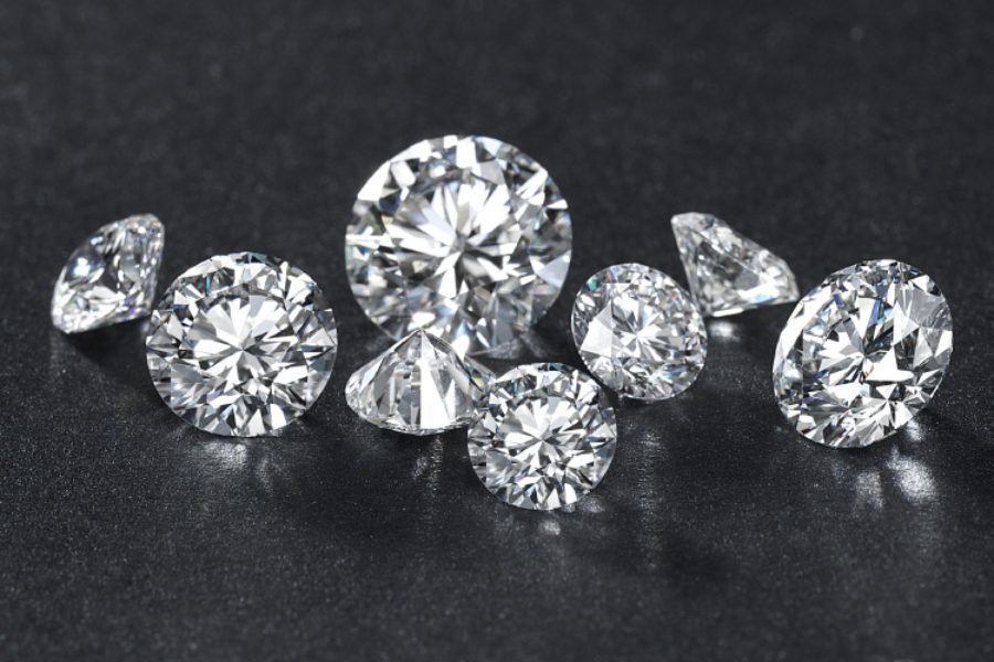 HalfBanner_750x500_Images_Diamonds-Page