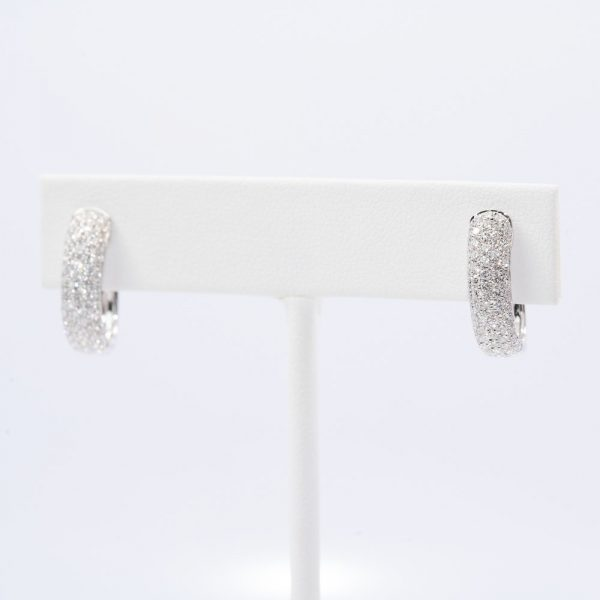 18k White Gold Natural Diamond Pave Hoop Earrings