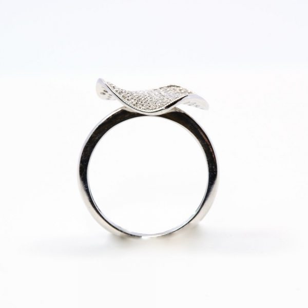 14k White Gold Natural Diamond Pave Heart Ring