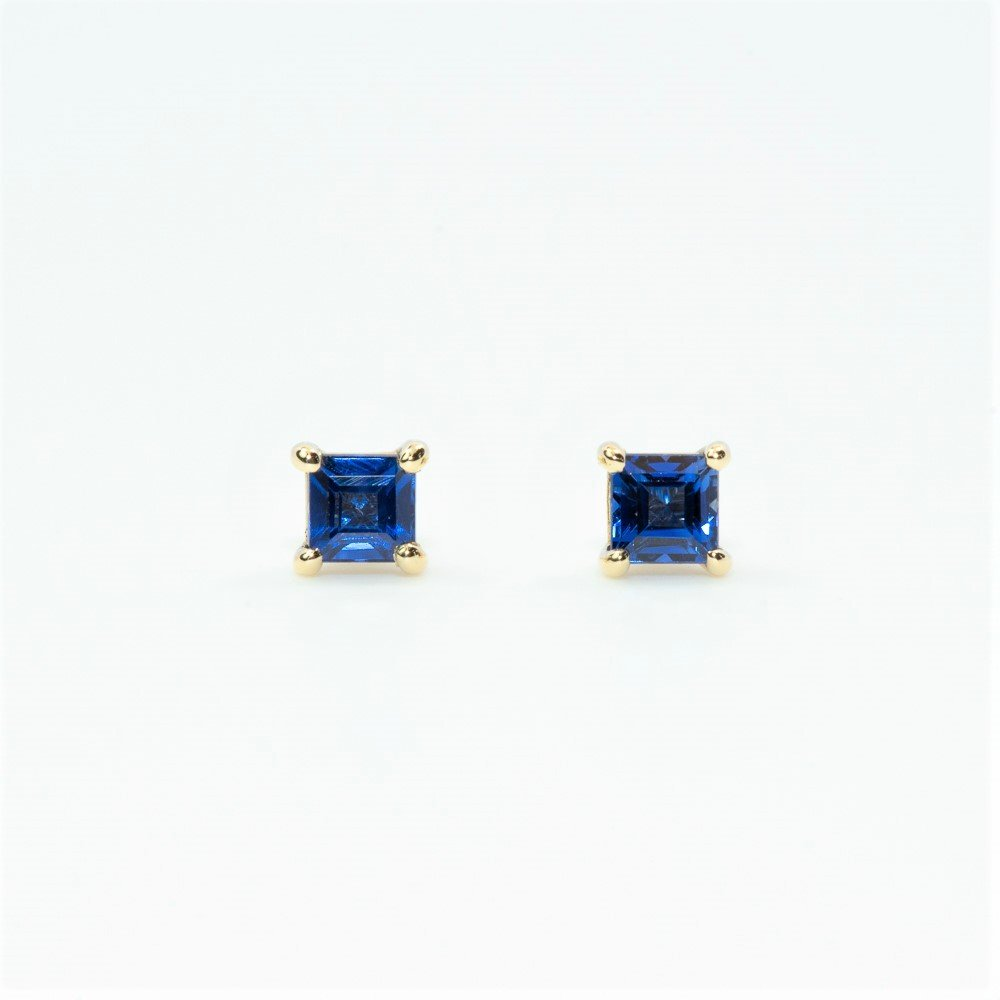 14k Yellow Gold Natural Blue Sapphire Stud Earrings