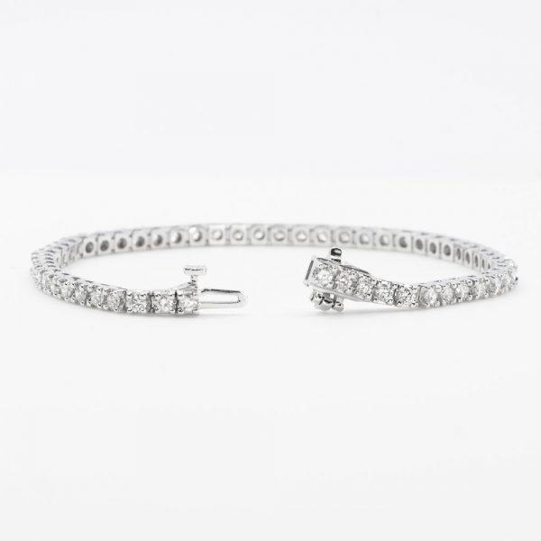 14K White Gold Natural Diamond Tennis Bracelet