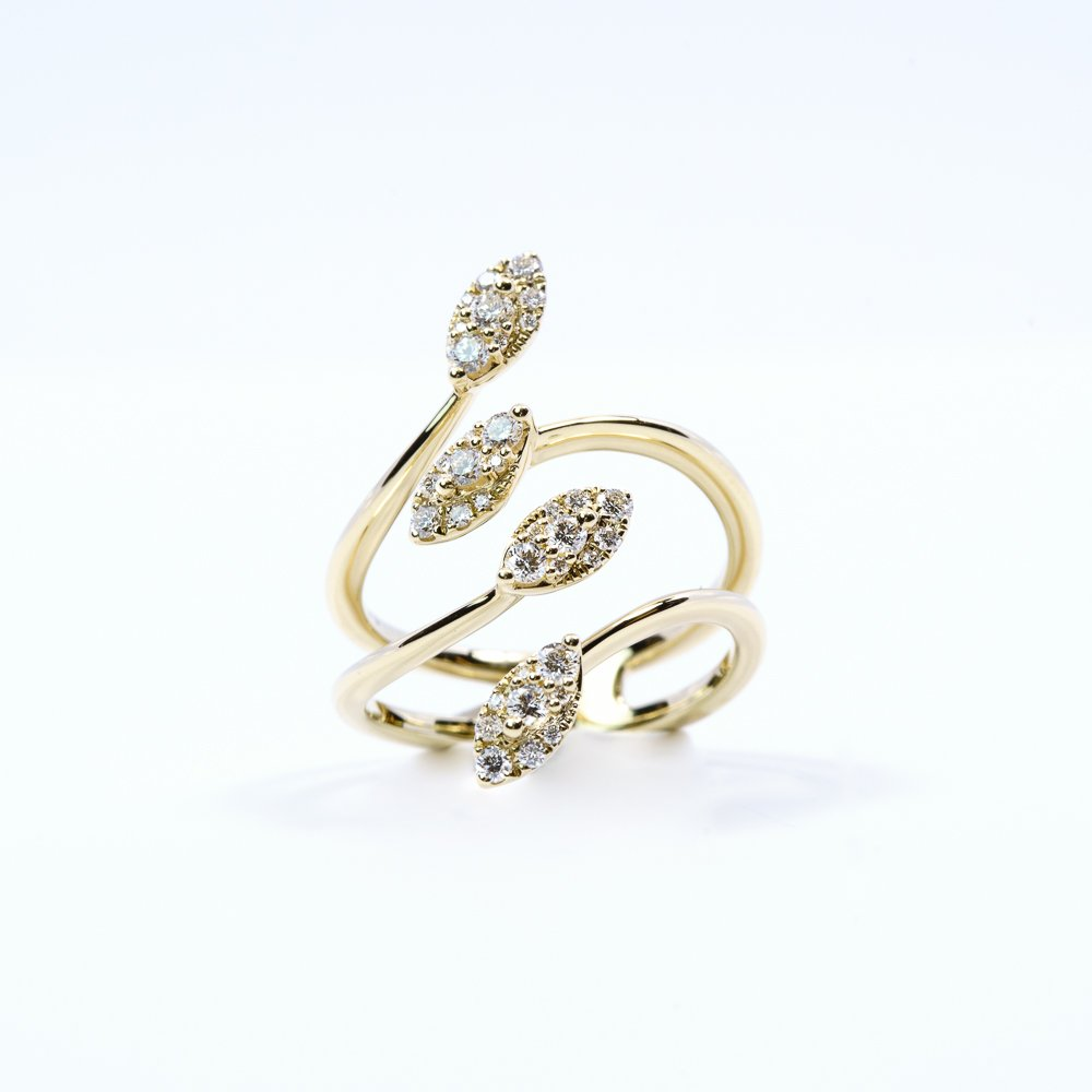 14k Yellow Gold Natural Diamond Pretty Petals Ring