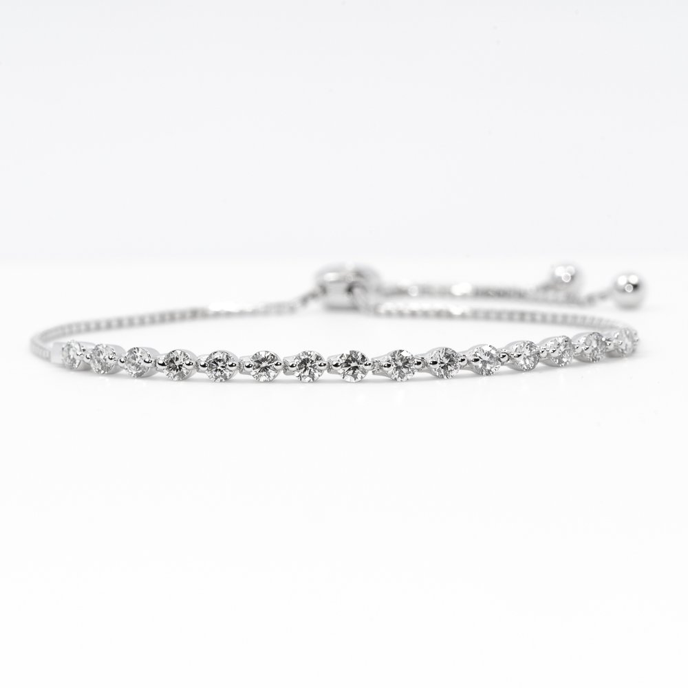 14k White Gold Natural Diamond Bollo Bracelet