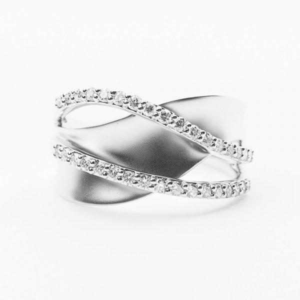 14k White Gold Natural Diamond Crossover Ring