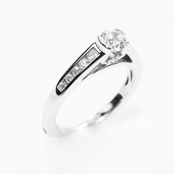 14k White Gold Natural Diamond Ring