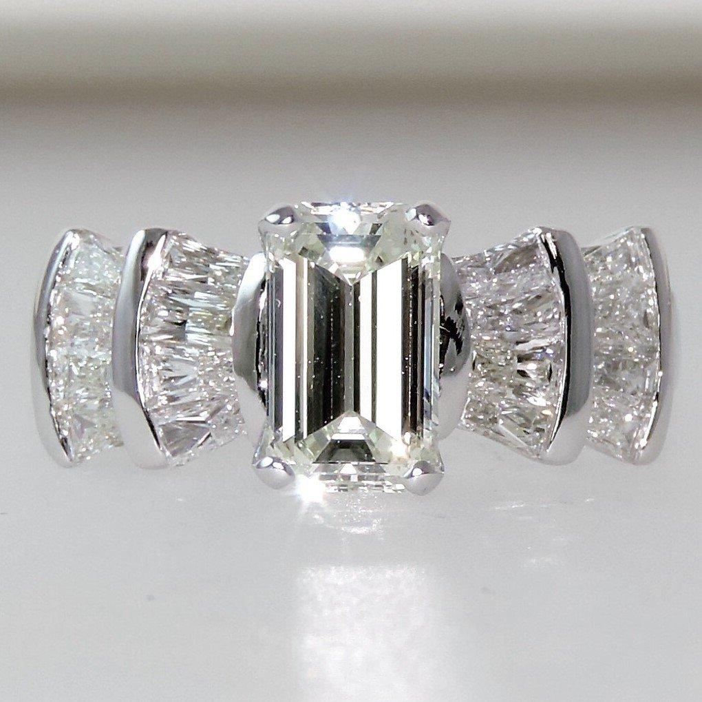 MFJ_Custom_Ring_Kurt_Debra_Front