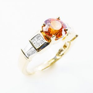 18k Yellow Gold Natural Spessartine Garnet and Diamond Ring