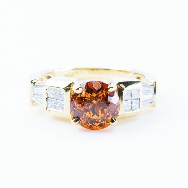 18k Yellow Gold Natural Spessartine Garnet and Diamond Ring