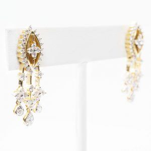 18K Yellow Gold Natural Diamond Dangle Estate Earrings