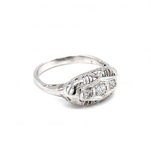 18k White Gold Diamond Vintage Estate Ring
