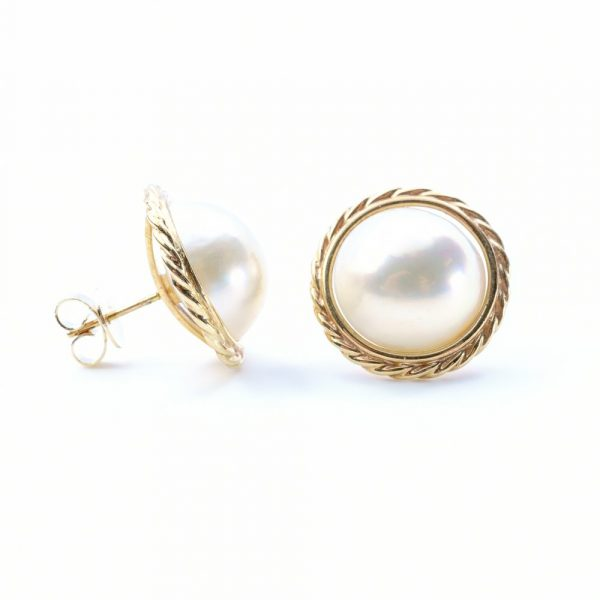 14k Yellow Gold Natural Mabe Pearl Estate Earrings