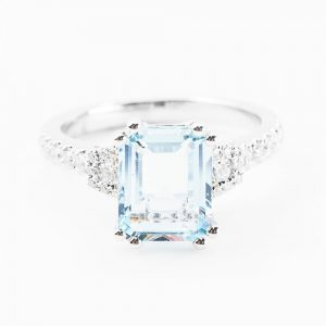 14K White Gold Natural Aquamarine and Diamond Ring