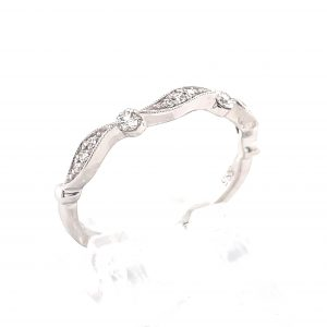 14k White Gold Diamond Curve Milgrain Ring